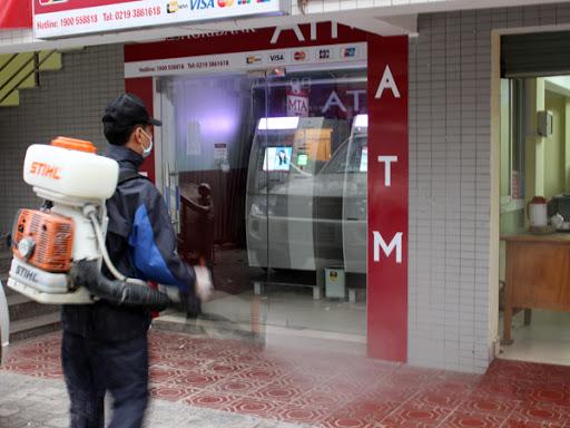 Ngân hàng Nhà nước yêu cầu khử khuẩn tiền mặt để phòng dịch viêm phổi Vũ Hán 3