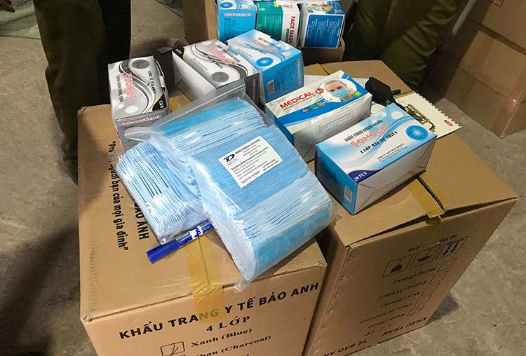 Phát hiện gần 1 triệu khẩu trang chuẩn bị được xuất lậu sang Trung Quốc 3