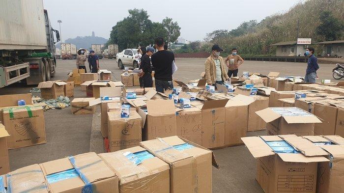 Phát hiện gần 1 triệu khẩu trang chuẩn bị được xuất lậu sang Trung Quốc