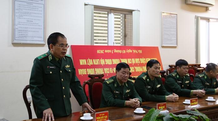 Thiếu tướng Phùng Quốc Tuấn, Phó chính ủy Bộ đội Biên phòng: 'Chúng tôi phải dùng nghiệp vụ để dân không trốn cách ly'. (Ảnh qua thanhnien)