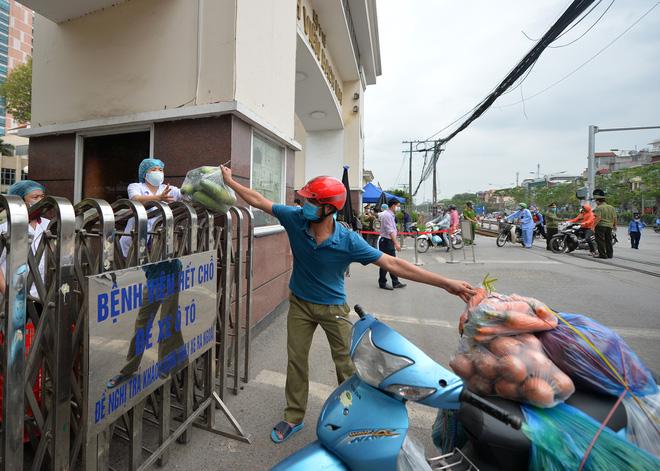 """Thủ tướng Xuân Phúc Việt Nam """"cách ly toàn xã hội"""" từ 0h ngày 1-4 4"""