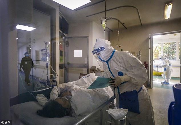 Nôn mửa, tiêu chảy, ăn không ngon có thể là dấu hiệu sớm của bệnh virus Vũ Hán