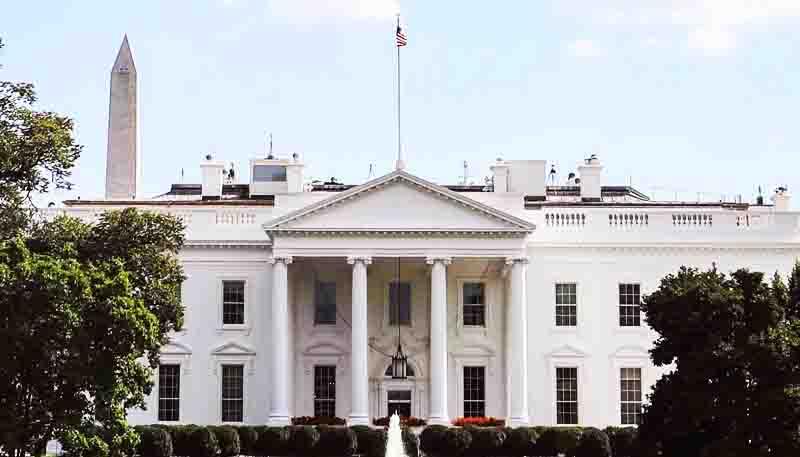 """Nhà Trắng: """"VOA tuyên truyền cho ĐCSTQ, lãng phí tiền thuế của người dân"""""""