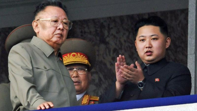 Kim Jong Un bị bệnh tim, rất có thể đó là nhồi máu cơ tim, hơn nữa gia đình ông có tiền sử bị nhồi máu cơ tim.