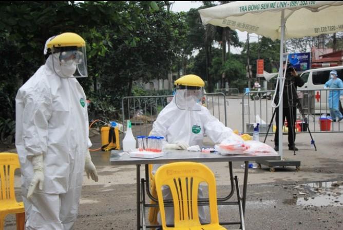 Cách ly toàn bộ công an phường Đông Ngạc (Hà Nội) vì liên quan đến bệnh nhân 243. (Ảnh qua dantri)