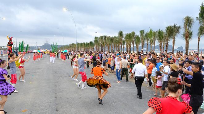 Carnaval Hạ Long dự kiến được tổ chức vào dịp Quốc khánh 2/9 nếu thời điểm đó Tỉnh đã kiểm soát tốt dịch Vũ Hán (Covid-19).