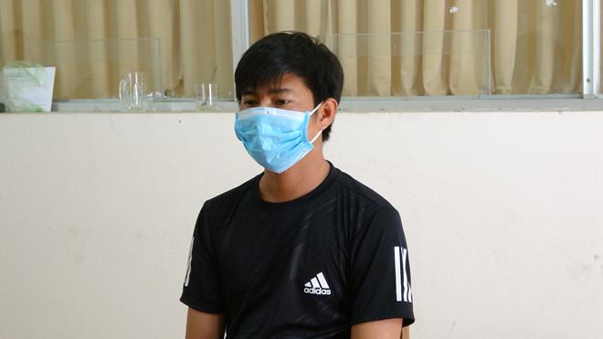 Hồ Minh Sang, đối tượng tổ chức sòng bạc vùng biên tai cơ quan công an. (Ảnh qua thanhnien)