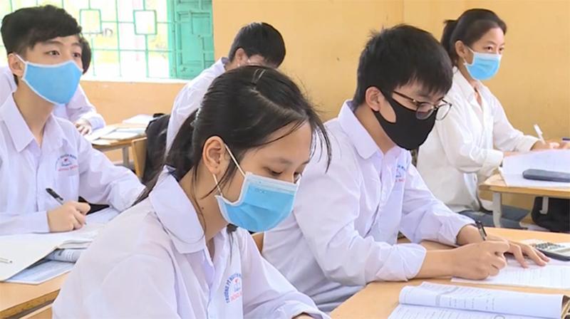 Hà Nội dự kiến cho học sinh THCS, THPT trở lại trường từ ngày 4/5. (Ảnh qua vtv)