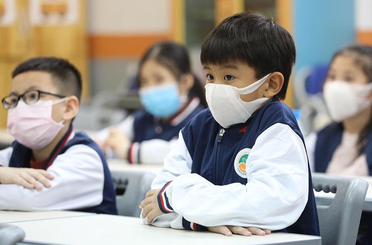 Trẻ mầm non, tiểu học ở Hà Nội đi học từ 11/5. (Ảnh qua vnexpress)
