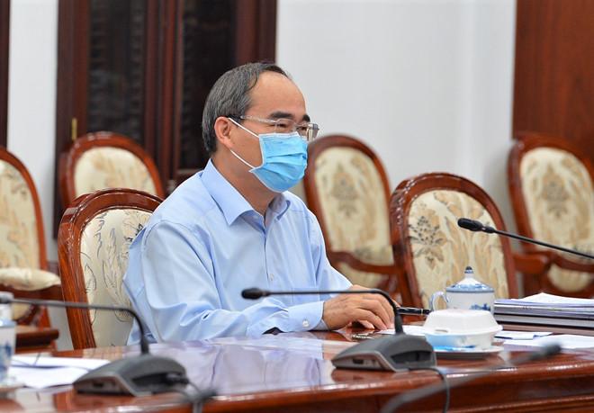 Ông Nguyễn Thiện Nhân: TP. HCM sẽ giám sát tụ tập đông người qua thuê bao điện thoại - Ảnh 1