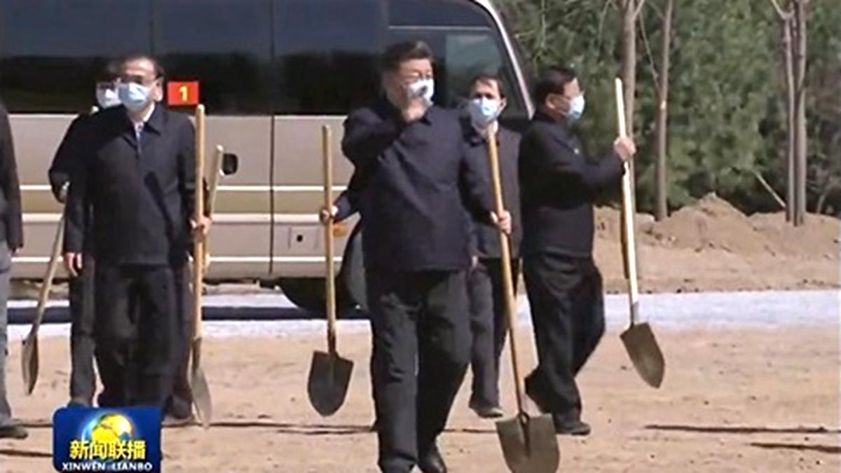Một lượng lớn binh sĩ bí mật tiến vào Bắc Kinh, khu vực lân cận Trung Nam Hải truyền ra tiếng súng (ảnh 2)