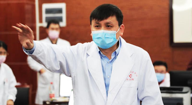 Ông Trương Văn Hoành, Trưởng khoa bệnh truyền nhiễm Bệnh viện Hoa Sơn, Thượng Hải.