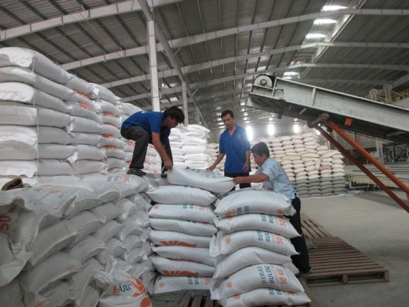 Việt Nam còn dư 6,7 triệu tấn gạo, Bộ Công Thương đề xuất cho tiếp tục xuất khẩu