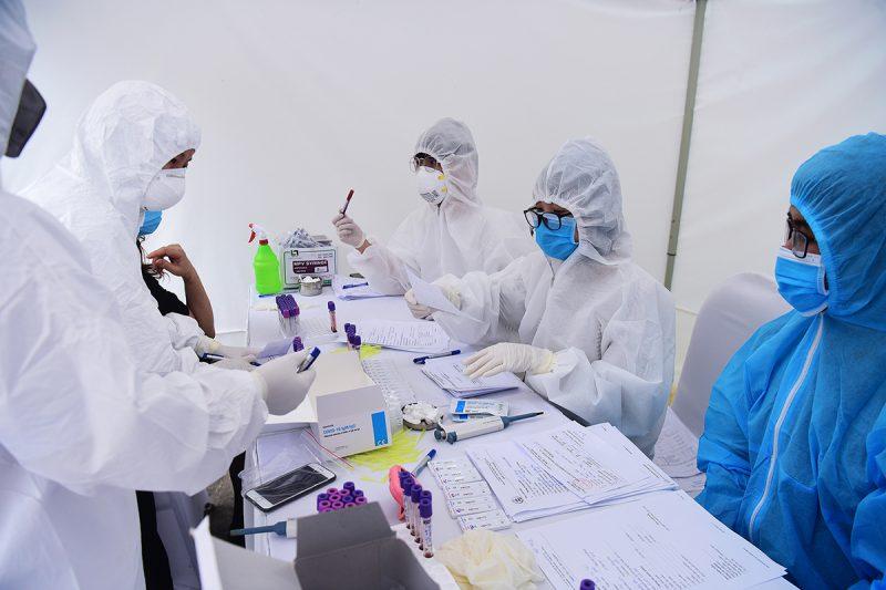 Việt Nam ghi nhận 239 ca bệnh dương tính với virus Vũ Hán. (Ảnh qua vnexpress)