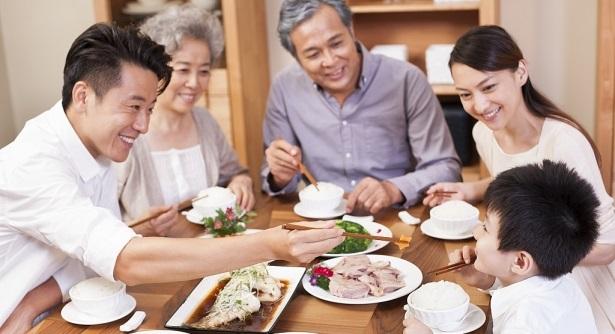 Vì sao nói 'Bữa tối quyết định cân nặng và tuổi thọ của bạn'?