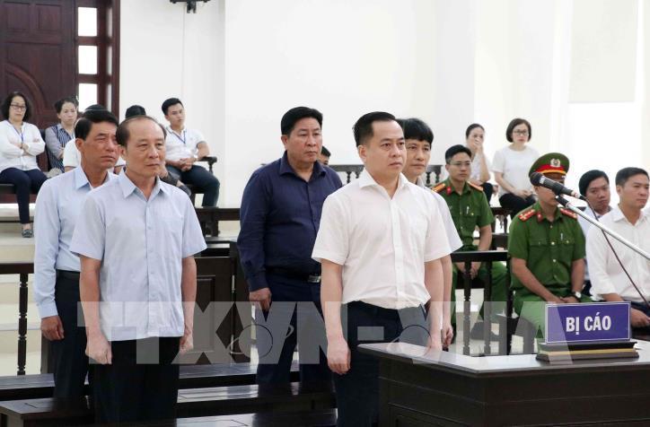 Phan Văn Anh Vũ yêu cầu bằng chứng, các cựu chủ tịch Đà Nẵng đổ lỗi cho nhau - Ảnh 1