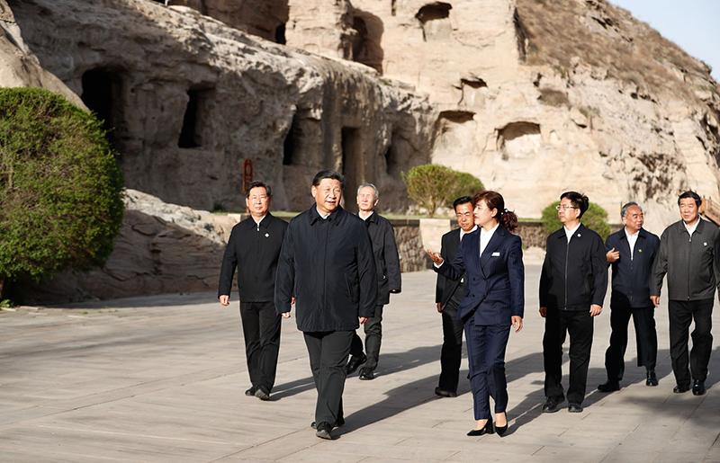 ông Tập Cận Bình đã đến thăm hang đá Vân Cương ở phía nam chân núi Vũ Châu