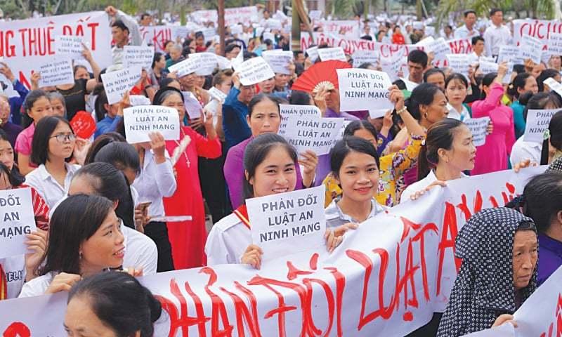 Luật biểu tình: Soạn thảo 9 năm, Bộ Công an tiếp tục xin lùi vô thời hạn