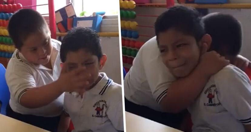 Cảm động trước cái ôm của cậu bé bị Down dành cho người bạn mắc chứng tự kỷ