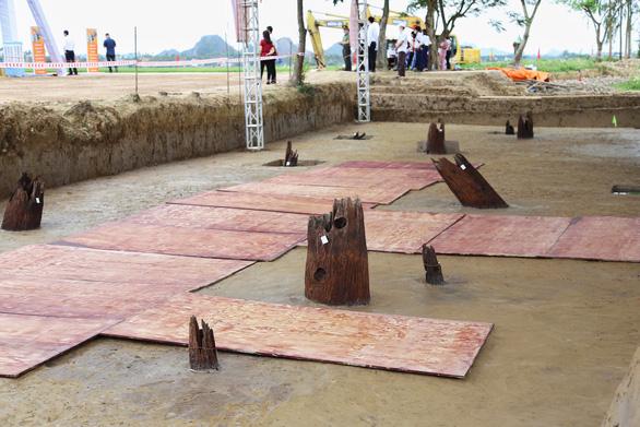 Bãi cọc được phát lộ cuối năm 2019 tại khu vực xã Cao Quỳ, huyện Thủy Nguyên nhanh chóng được TP. Hải Phòng đưa vào quy hoạch để tôn tạo, gìn giữ các giá trị lịch sử. (Ảnh qua tuoitre)