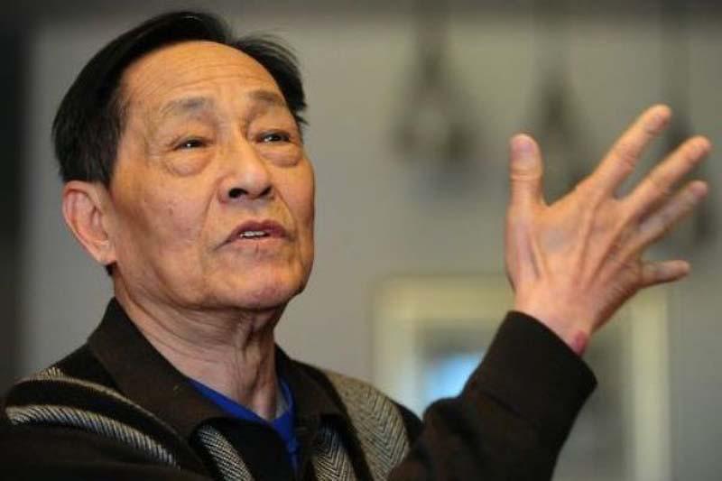 """Trước kỳ """"Lưỡng hội"""", TQ thực hiện """"đại vây bắt"""" đối với Bào Đồng - cựu thư ký của Triệu Tử Dương và những người bất đồng chính kiến"""