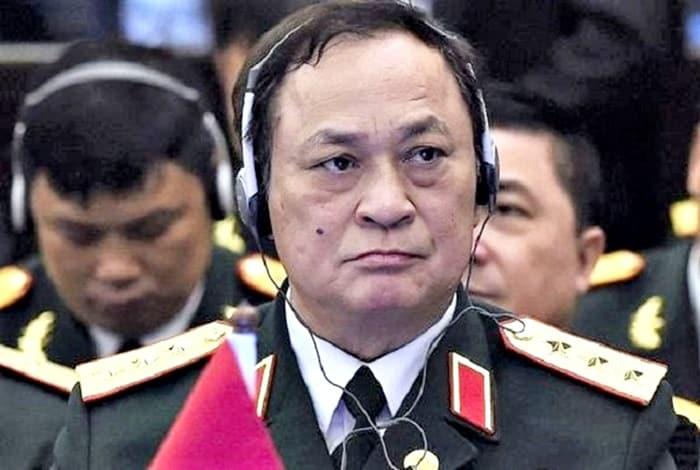 Cựu Đô đốc, nguyên Thứ trưởng Bộ Quốc phòng Nguyễn Văn Hiến khi tại nhiệm.