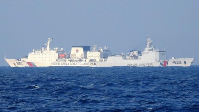 Tàu hải cảnh Trung Quốc hoạt động trái phép trên vùng biển Việt Nam. (Ảnh qua thanhnien)