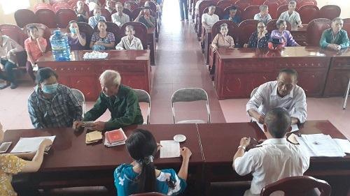 Việc chi trả chính sách hỗ trợ do dịch Vũ Hán (Covid-19) ở huyện Thiệu Hóa đang tạm dừng để rà soát, kiểm tra. (Ảnh qua Zing)