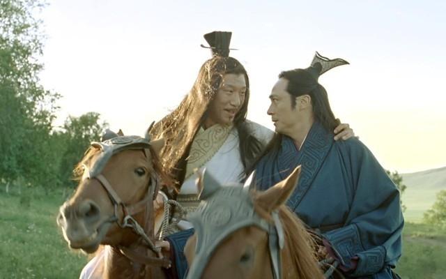 Bàng Quyên là người có tâm đố kị rất lớn, sau này hãm hại Tôn Tẫn đến tàn phế.