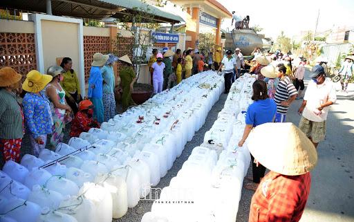 96.000 hộ dân ở ĐBSCL đang thiếu nước sinh hoạt do hạn mặn, hạn hán xâm nhập. (Ảnh qua baovinhlong)
