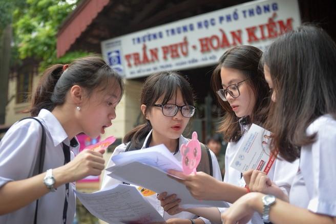 Thí sinh tham dự kỳ thi THPT Quốc gia năm 2019. (Ảnh qua Zing)