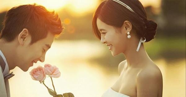 Thủ tướng: Khuyến khích kết hôn trước tuổi 30, phát triển câu lạc bộ kết bạn trăm năm - Ảnh 1