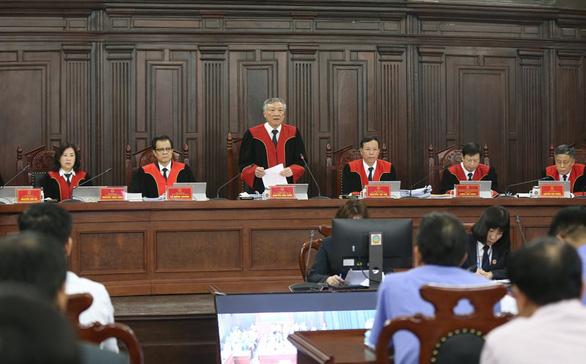 Chánh án Tòa án nhân dân Tối cao Nguyễn Hòa Bình chủ tọa phiên giám đốc thẩm, phát biẻu khai mạc. (Ảnh qua vtc)