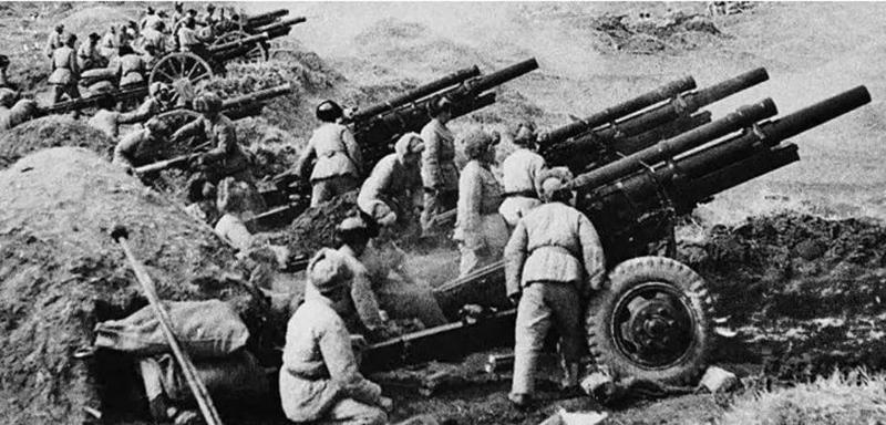 Pháo binh Trung Quốc bắn sang Kim Môn.