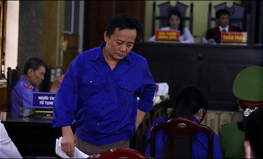Bị cáo Nguyễn Minh Khoa. (Ảnh qua tuoitre)