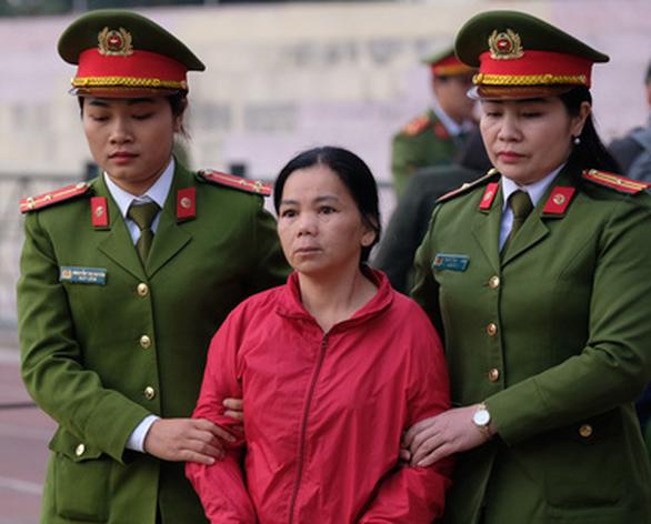 Bùi Thị Kim Thu tại phiên tòa sơ thẩm, tháng 12/2019  (Ảnh qua tienphong)