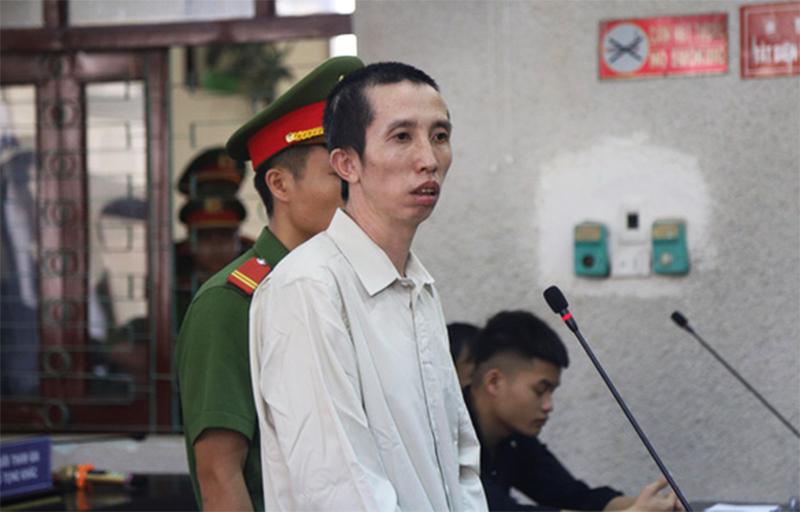 Bị cáo Bùi Văn Công liên tục kêu oan và nói 'hung thủ thật sự không ở có mặt tại tòa…'. (Ảnh qua tuoitre)