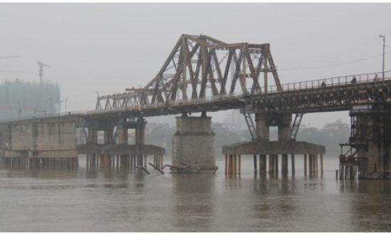 Cầu Long Biên qua tư liệu cũ của Pháp để lại. (Nguồn qua vovworld)