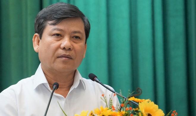 Viện trưởng VKSND tối cao Lê Minh Trí trả lời các ý kiến cử tri. (Ảnh qua thanhnien)