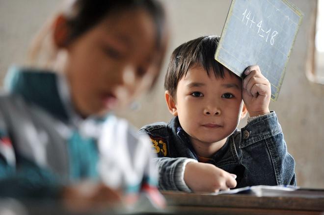 Nghệ An lùi thời gian bắt đầu năm học 2020-2021 để giáo viên, học sinh có thêm thời gian nghỉ hè. Thừa Thiên - Huế đề xuất tựu trường đúng ngày khai giảng.