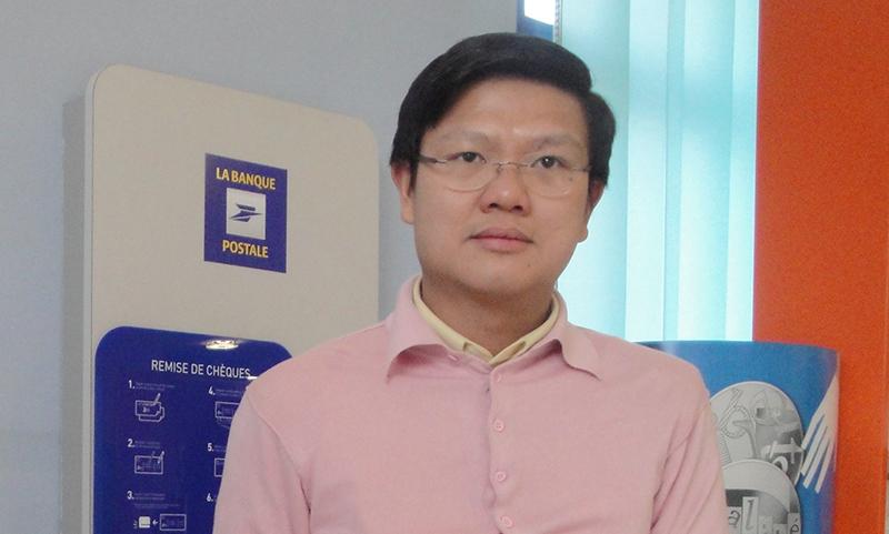 Tiến Sĩ Lê Trung Tĩnh, hiện đang sống và làm việc tại Vương Quốc Anh, tác giả bức thỉnh nguyện thư song ngữ Anh, Việt