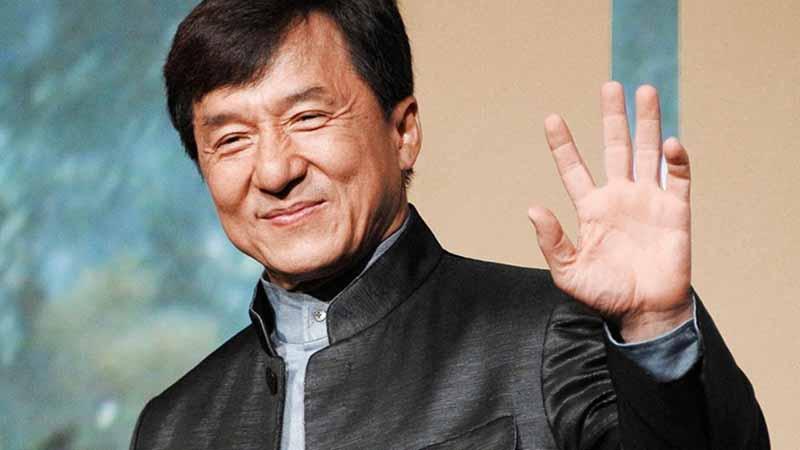Diễn viên Hollywood Thành Long luôn thể hiện sự ủng hộ Đảng Cộng sản Trung Quốc (ĐCSTQ) trong những chính sách áp đặt lên đặc khu Hồng Kông.