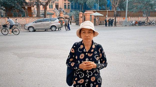 Mẹ của tử tù Hồ Duy Hải. (Ảnh qua BBC)