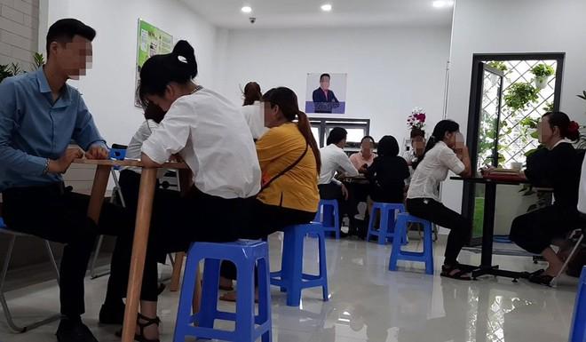 TPHCM: Hàng loạt nữ sinh bỏ nhà đi, nghi vướng bẫy đa cấp - Ảnh 1