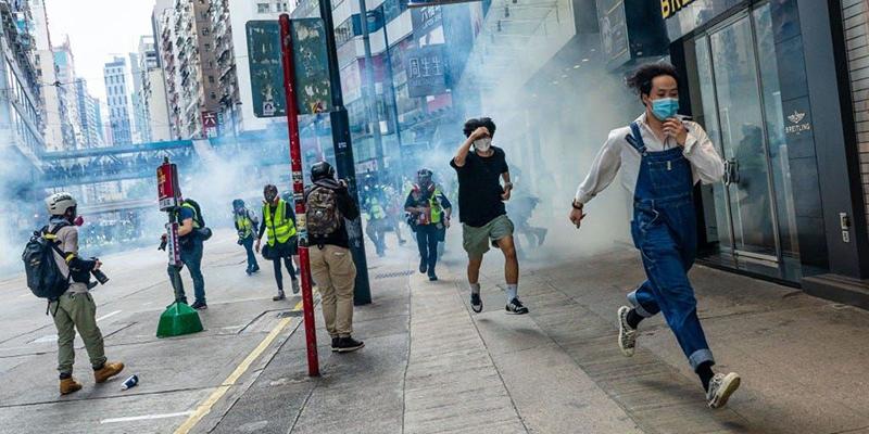 """Chính quyền Đảng Cộng sản Trung Quốc (ĐCSTQ) đẩy mạnh """"Luật An ninh Quốc gia phiên bản Hồng Kông"""", mưu tính biến Hồng Kông thành 'một quốc gia, một chế độ', điều này đã làm dấy lên làn sóng phản đối mới của người dân Hồng Kông."""