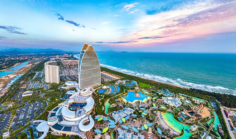 Chủ Tịch Tập Cận Bình cũng từng tuyên bố rằng Hải Nam sẽ trở thành khu vực thương mại tự do lớn nhất Đại lục.