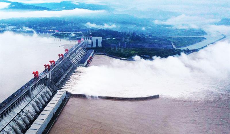 Nước trong hồ chứa đập Tam Hiệp của Trung Quốc chỉ còn cách 10m là tràn đỉnh.