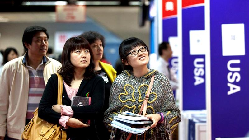 Ai đã phá tan giấc mộng du học Mỹ của sinh viên Trung Quốc? (ảnh 1)
