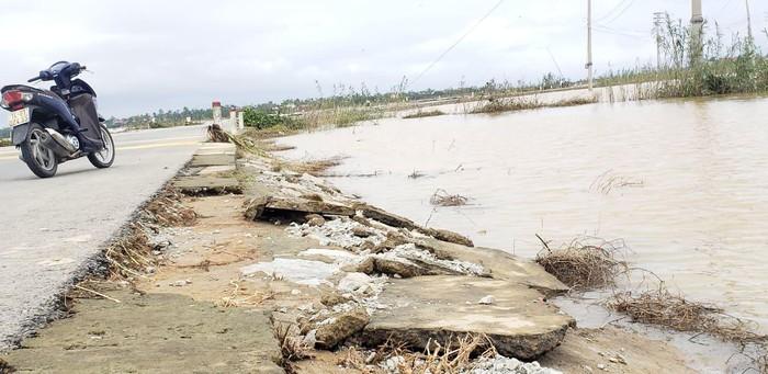 """Lũ lụt ở Huế đã làm lộ ra nhiều """"bí mật"""" - Ảnh 4"""
