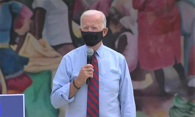 Ứng cử viên đảng Dân chủ Joe Biden phát biểu trong cuộc vận động tranh cử dừng chân tại Khu Văn hóa Little Haiti ở Miami, Florida vào ngày 5/1/2020.